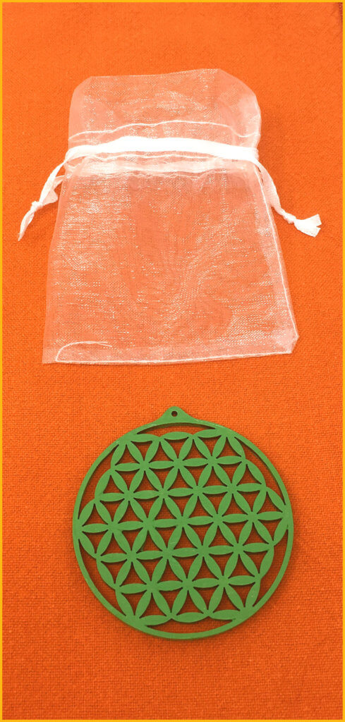 Amulett Blume des Lebens Holz (6cm) mit Stoffbeutel